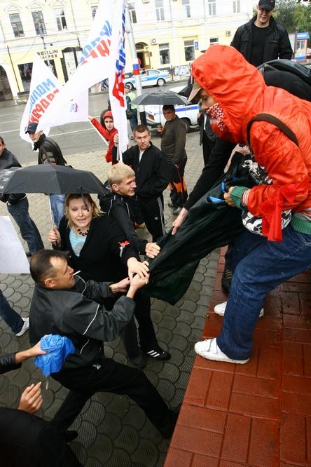 Sibirische SyndikalistInnen in Gefahr