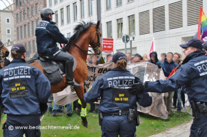 Angriff auf Demonstranten