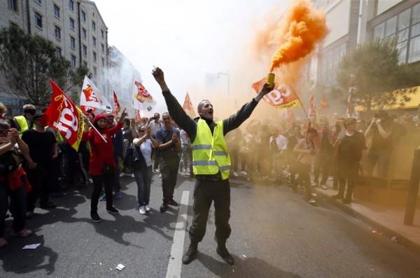 protestzug-in-marseille